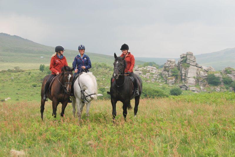 horse-riding-dartmoor