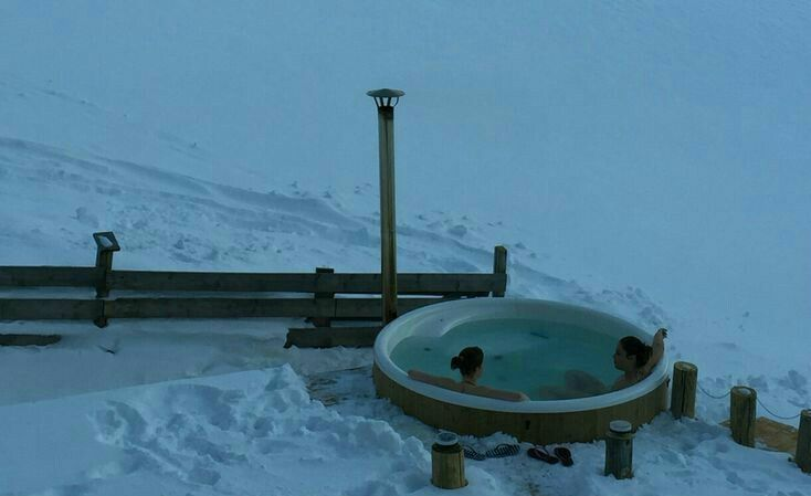 outdoor hot tub in snow