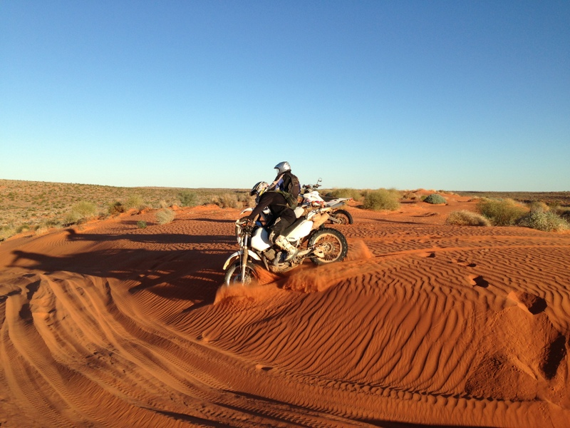 outback-australia-motorcycle