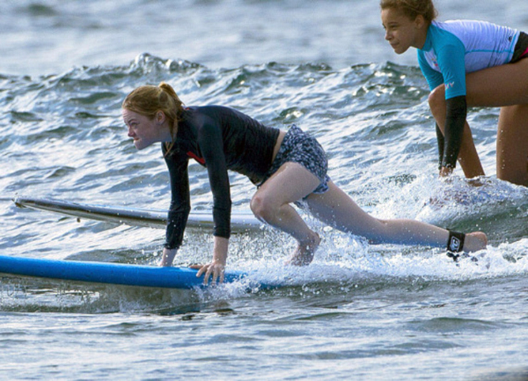 celebrities who surf