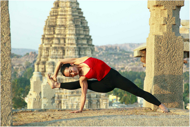 yoga-travel