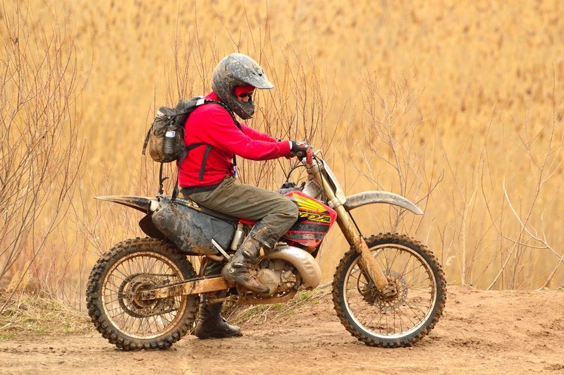 off-road-motorcycle-riding