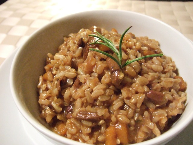 vegan foods: mushrooms risotto