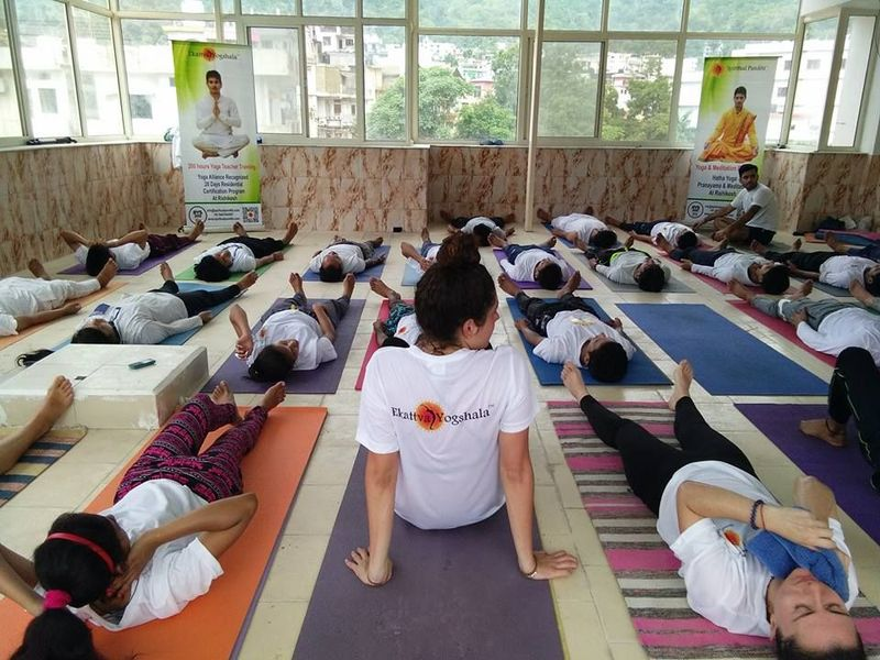 yoga school in india