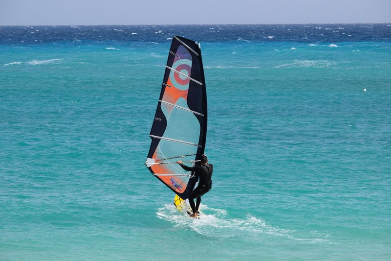 windsurfing-mediterranean