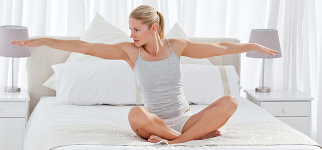 yoga-in-bed