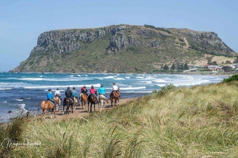 beach horse riding australia
