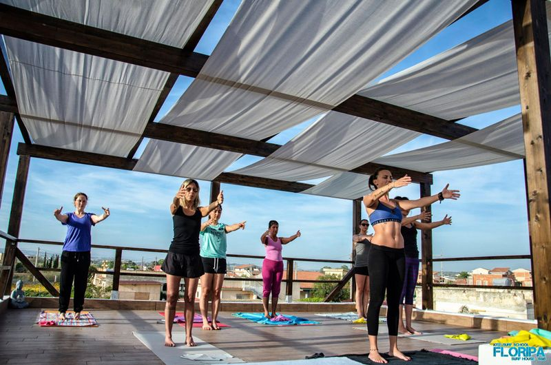 floria surf house italy yoga retreat