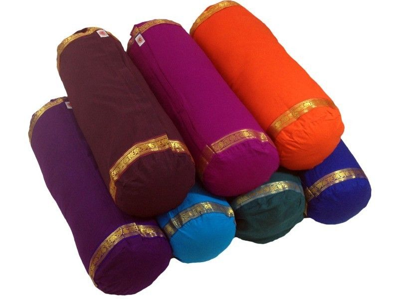 yoga blankets bolsters