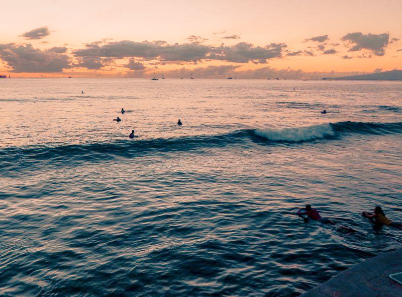 surf-waikiki-oahu