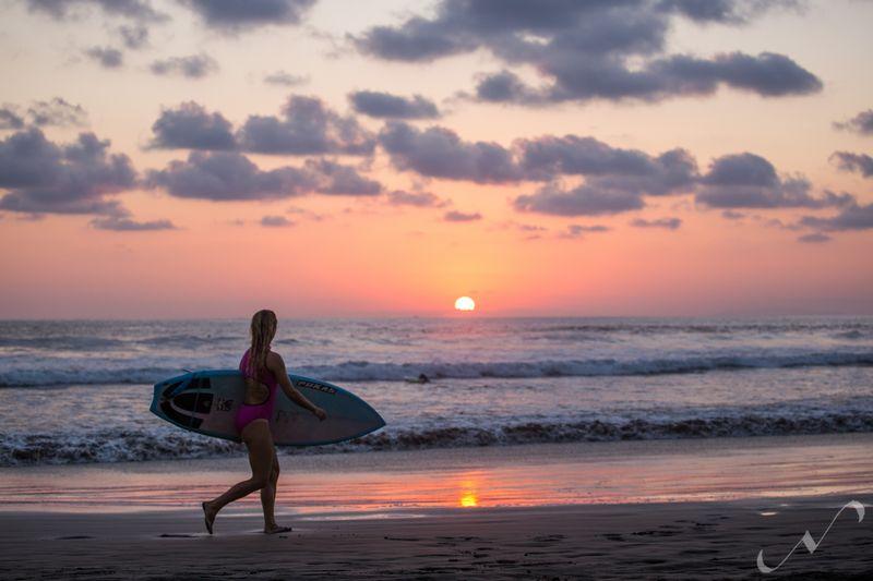 budget-surf-camp-jaco-costa-rica