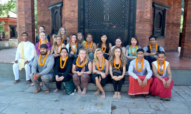 yoga retreat akshi