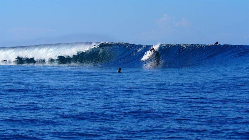 surf-fiji-pipe