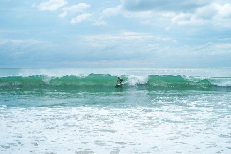 surfing-thailand
