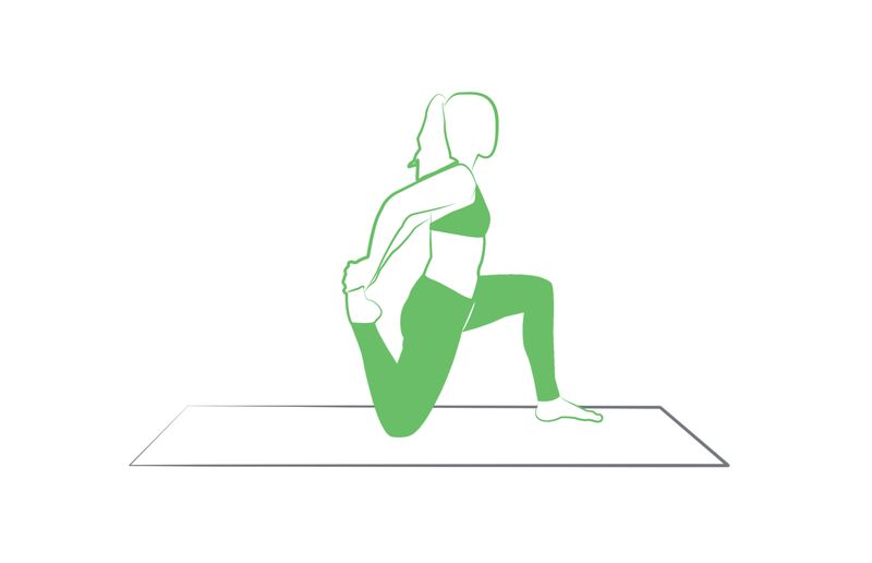 low lunge quad stretch yoga pose tripaneer