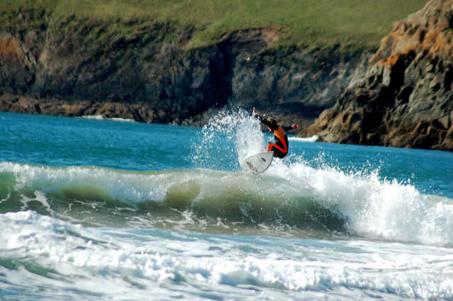surfing-pembrokeshire-uk