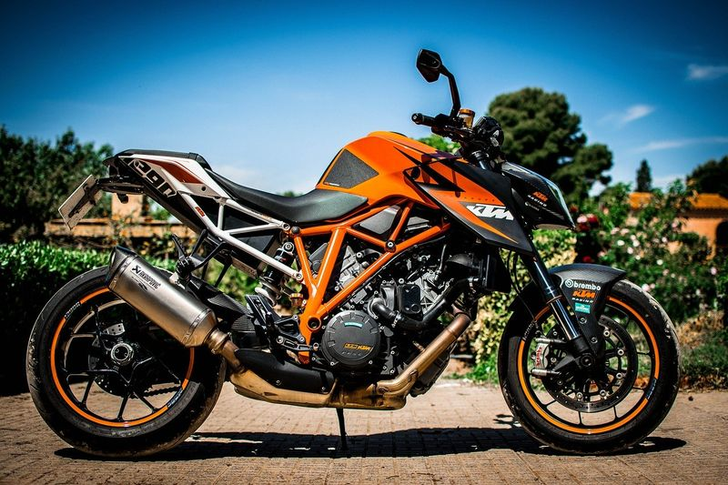 ktm-1290-superduke-motorcycle