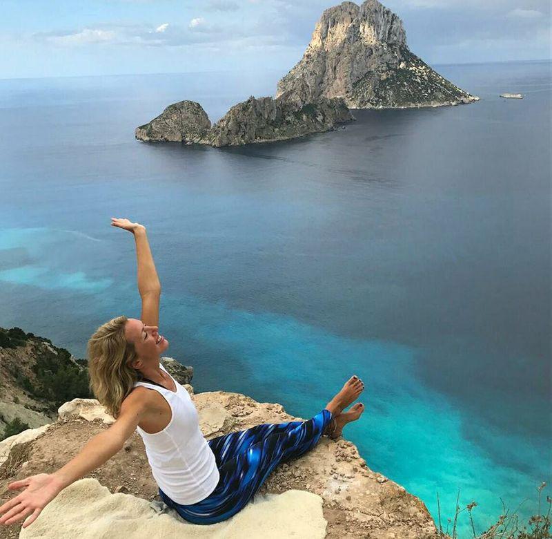 happy yogi in ibiza