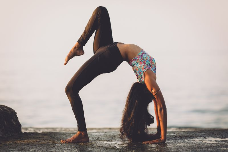 flexibility-yoga-surfers