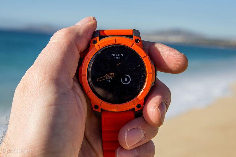 nixon-smartwatch