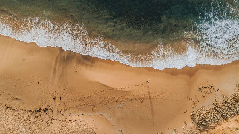 bells-beach-torquay-australia