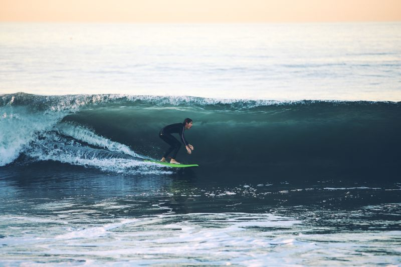 surfer-getting-barreled