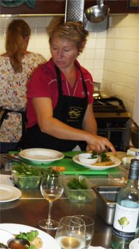 thai cooking at wildwood valley - cooking in action