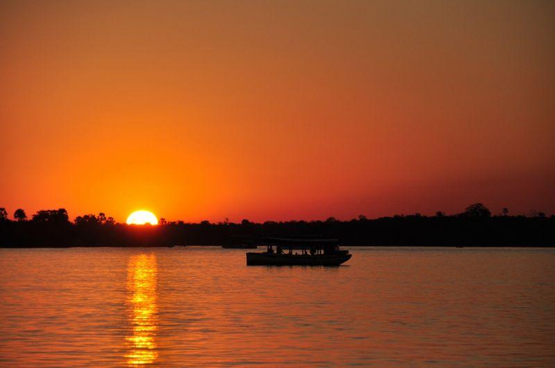 sunset-zambezi-river