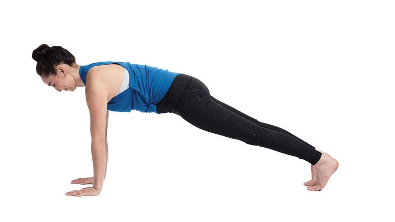 yoga-for-surfers-plank-pose