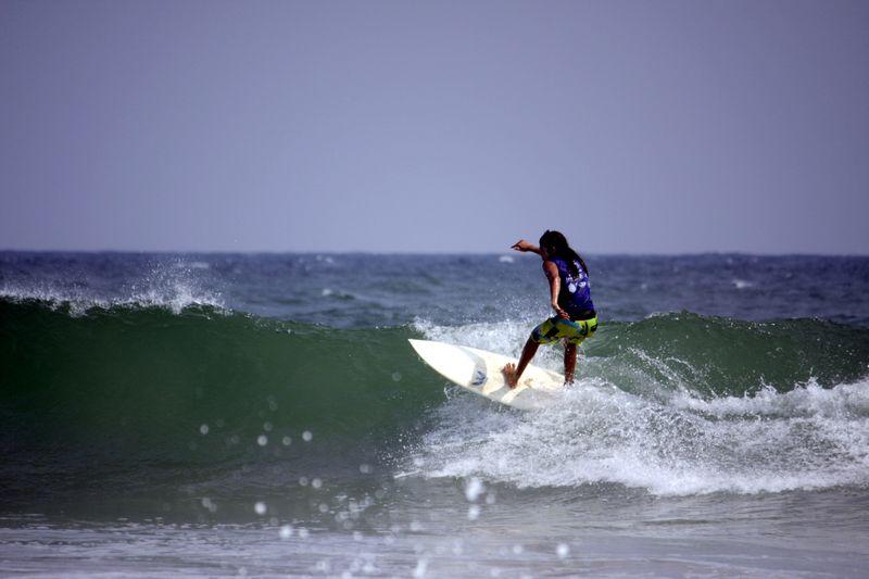 surfing-kerala-india