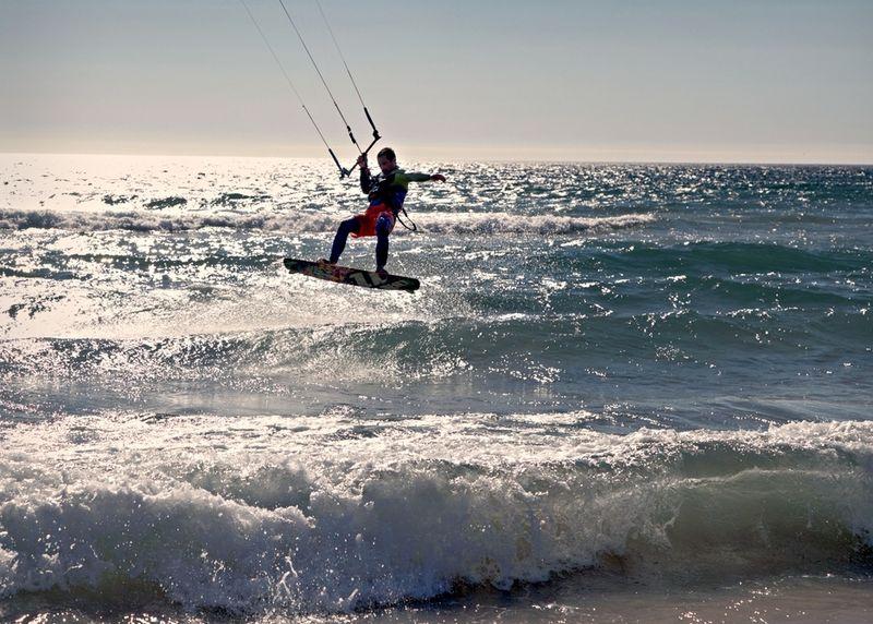 kitesurfing-costa-da-caparica-portugal