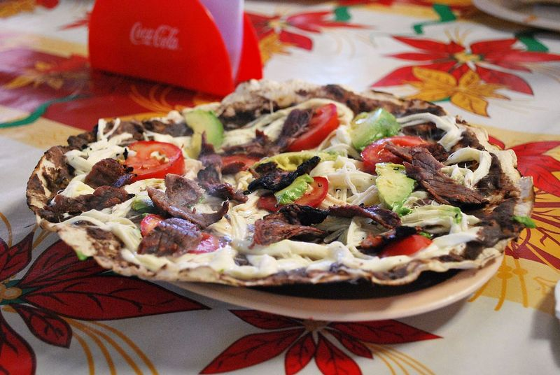 Tlayuda - Mexican pizza