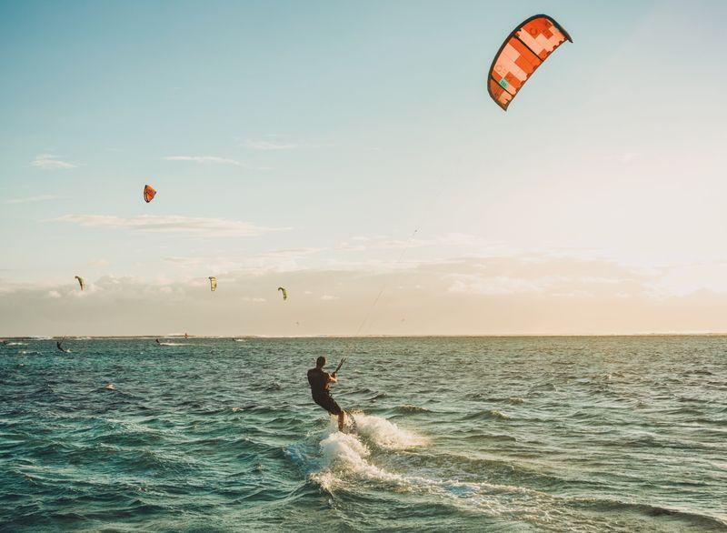 kitesurfing-mediterranean