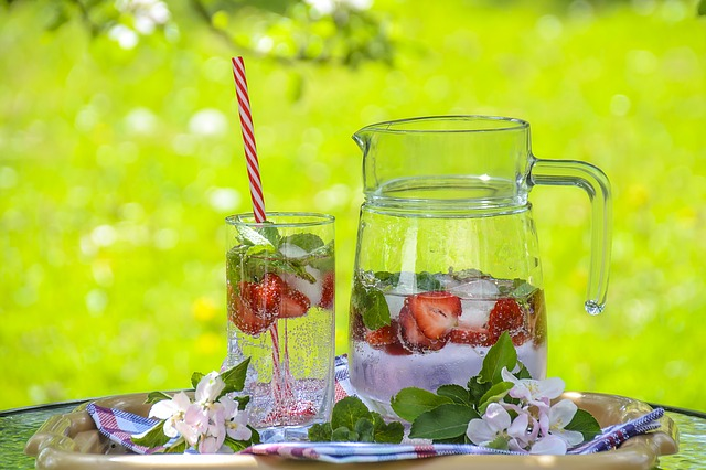 All about Detox Water: 7 Savory Recipes for a Healthier You