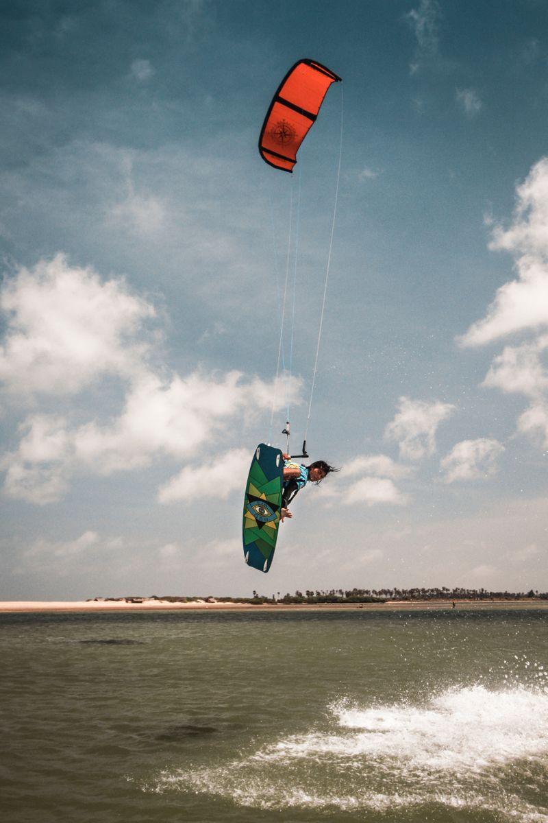 kitesurfing-Kalpitiya-Sri-Lanka