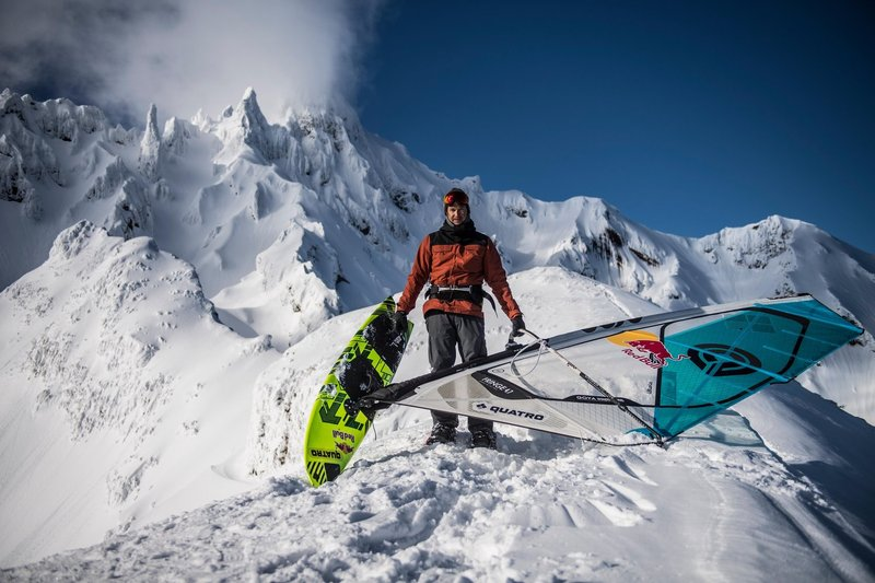 levi-siver-windsurfing-mountain