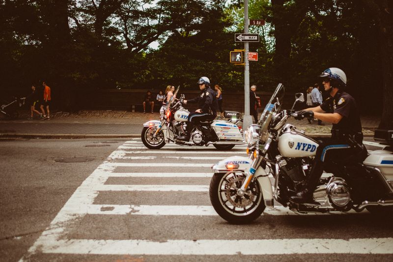 motorcycle-riding-laws
