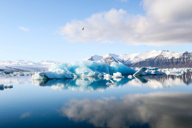 jökulsárlón-lagoon-iceland