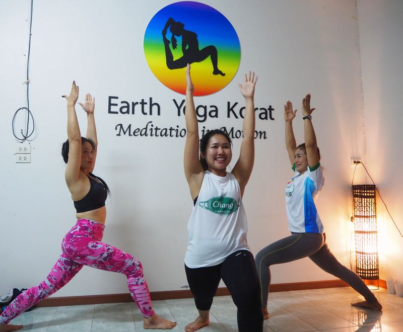 yoga in Khonburi