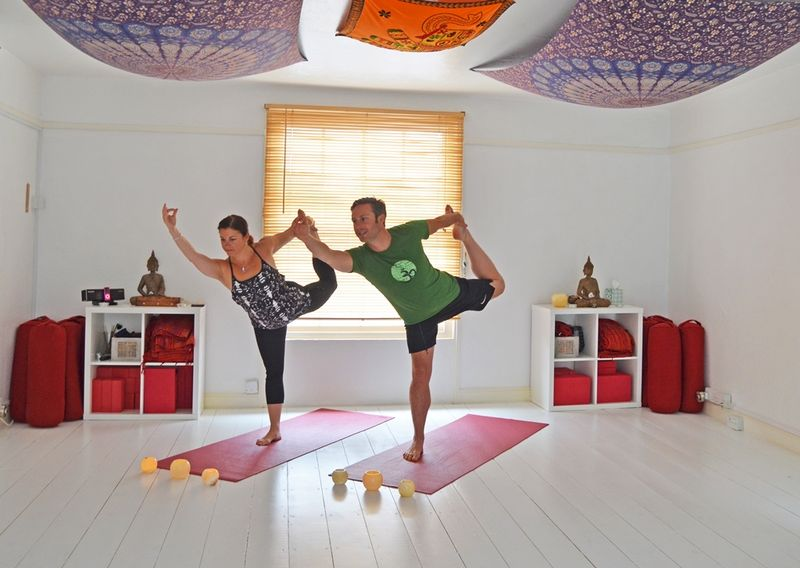 jala flow yoga retreat uk