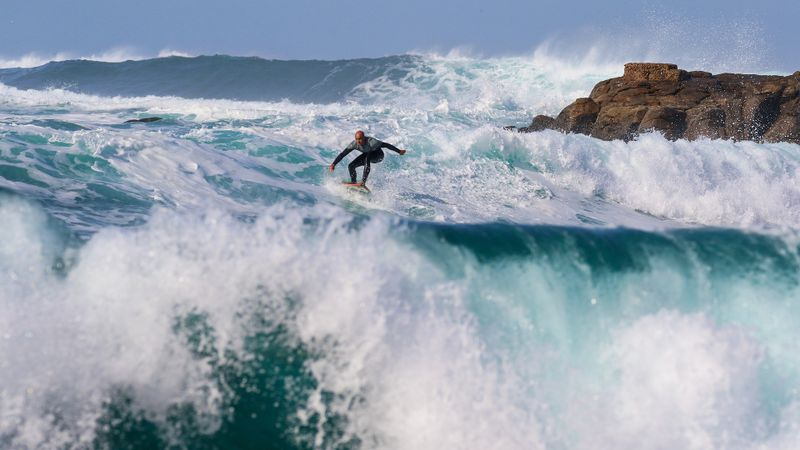 surfing-hawaii
