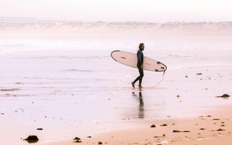 surfing-peniche-portugal