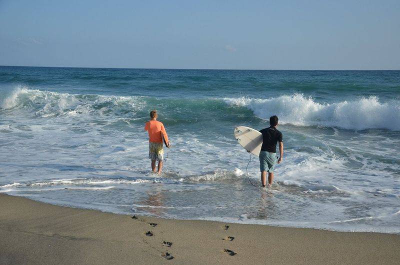 surfing-colombia-tayrona