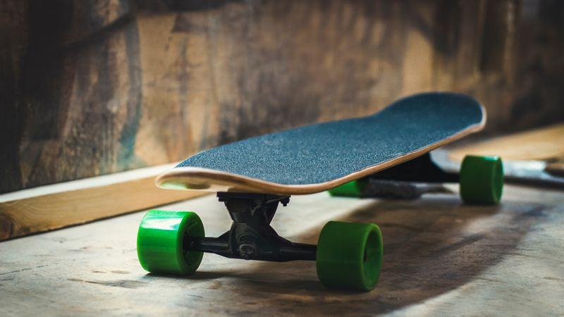 longboard-skateboard