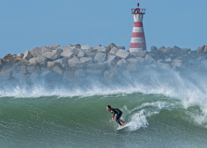 surf-spots-peniche-portugal