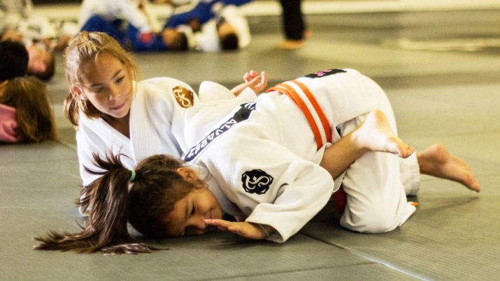 Girls practicing BJJ