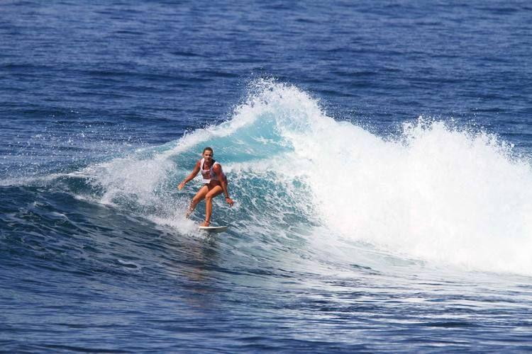 surf-seger-reef-lombok