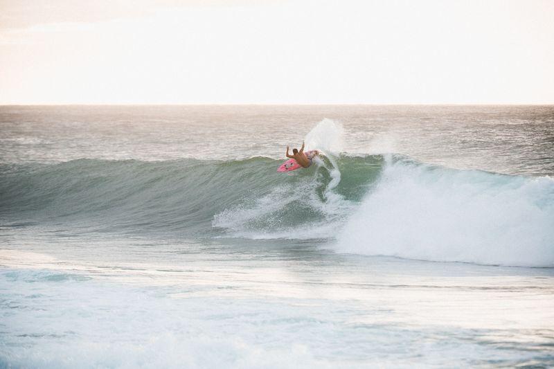 surfing-oahu