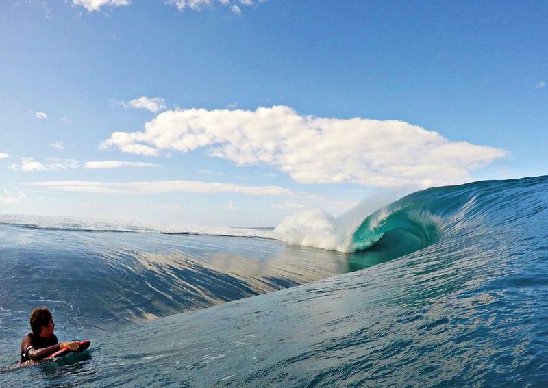 teahupoo-tahiti-surf