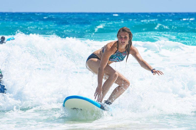 beginner-surfer